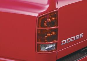 on 2005 Dodge Magnum Accessories